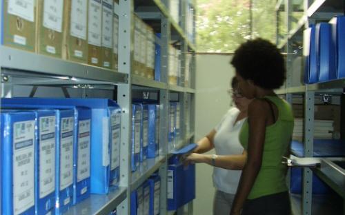 Analise das caixas no arquivo técnico interno - UHE Mogi G