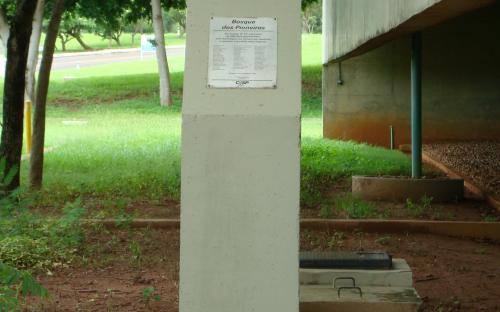 escultura de homenagem aos trabalhadores