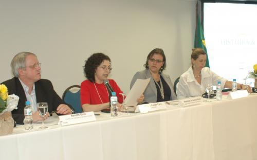 Mesa-redonda Políticas para a preservação da cultura material da eletricidade