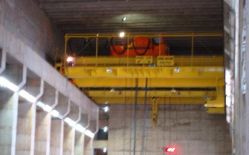 ponte rolante da sala de maquinas
